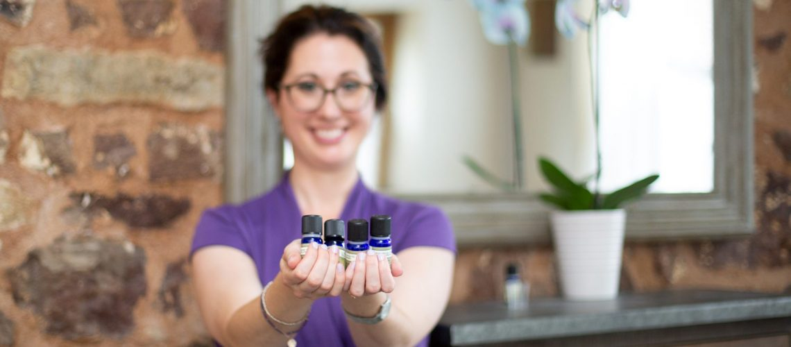 Aromatherapy for the Lunar Cycle
